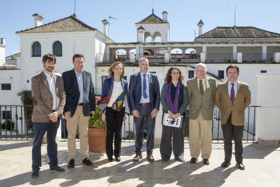 Felipe Fuentelsaz, Ricardo Dominguez, Carmen Ortíz, Mario Slunitschek, Celsa Peiteado, Carlos Oriol y Luis Bolaños.
